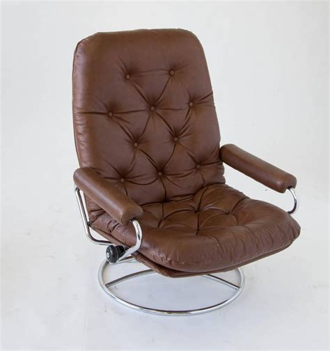 Ekornes Stressless Ottoman Ekornes Stressless Chair And Ottoman At 1stdibs