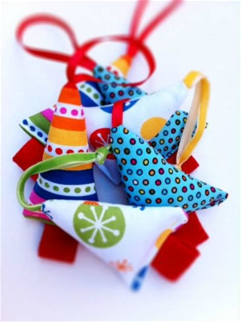 mini tree ornaments fun family crafts