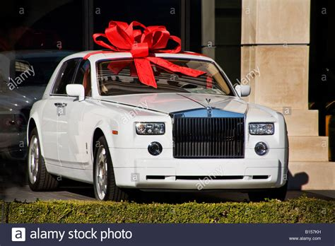 wrapped rolls royce all wrapped for giving a 2008 rolls royce is on