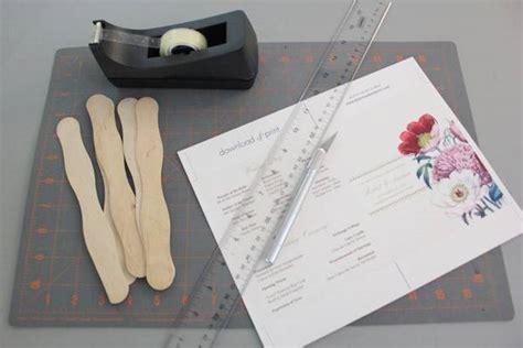 how to make wedding program fans diy pretty blooms wedding program paddle fan
