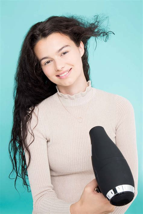 Drying Curly Frizzy Hair need a new hair dryer find the one for your hair
