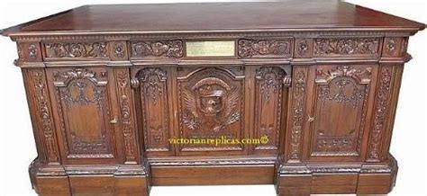 White House Oval Office Desk The Resolute Desk Resolute Desk