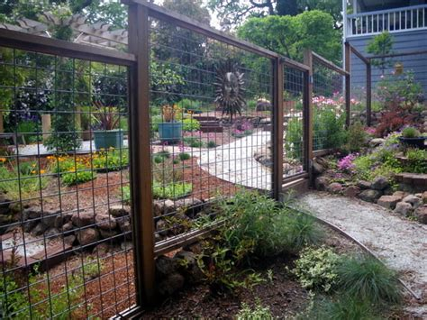 enolivier com vegetable garden with fence as long as garden fence ideas gardening flowers 101 gardening