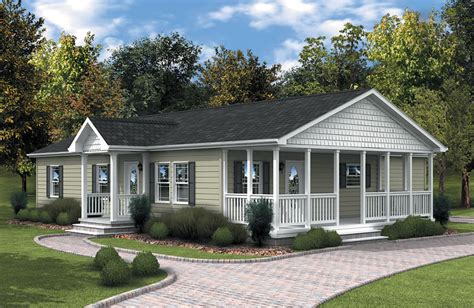 like the exterior color combo small country homes