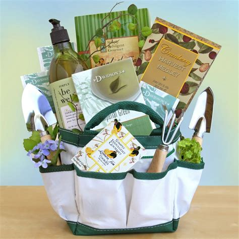 Gift Basket Ideas For Gardeners Gardener S Delight Gift Basket And Other Fruits Gifts At Cherrymoonfarms