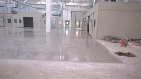 pavimento in cemento lucido risultati lucidatura cemento lucidatura levigatura
