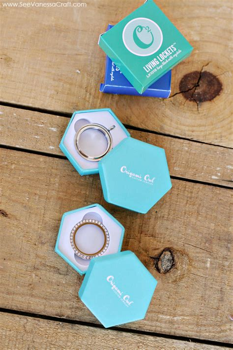 origami owl box origami owl a jolly box of happy see craft