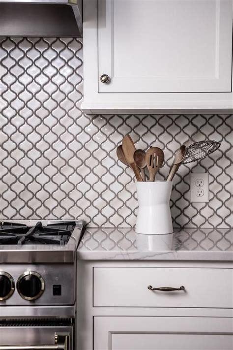 Kitchen Backsplash Tile Grout 25 Best Ideas About Arabesque Tile On
