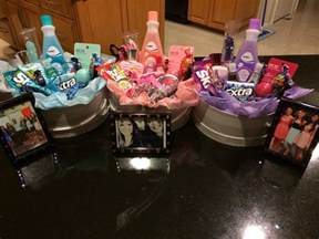 themed gifts 25 diy basket ideas for families and friends birthday gifts birthdays and gift