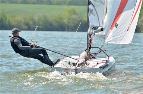 solo open zeilboot zeilersforum nl eenmans zeilboot voor zware man 1 2