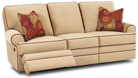 Klaussner Reclining Sofa Klaussner Belleview Transitional Dual Reclining Sofa Johnny Janosik Reclining Sofas