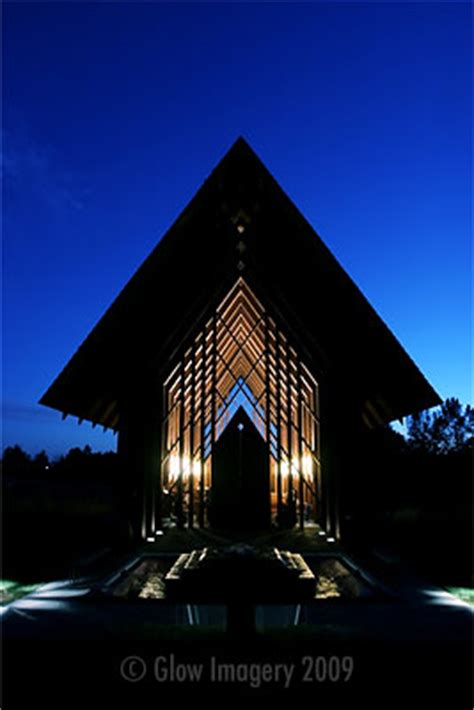 powell gardens lights 10 awesome kansas city wedding venues