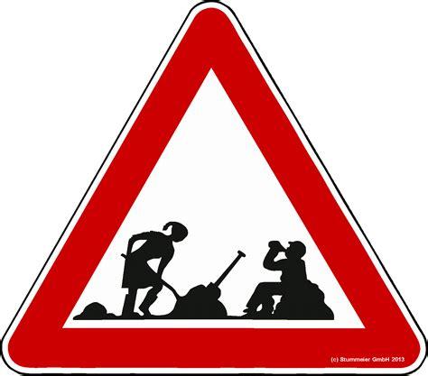 Baustellenschild Zeichen by Achtung Frau Am Arbeiten Mann Trinkt Bier Elchschilder