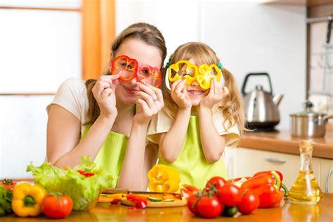 bambini alimentazione dieta in estate alimentazione bambini dietagratis