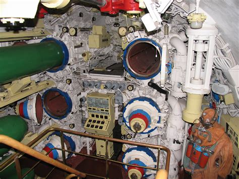 torpedo room file b 396 torpedo room 1 jpg wikimedia commons