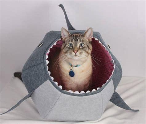 Cat Shark Bed   Cat Bed Celebrating Shark Week » Gadget Flow