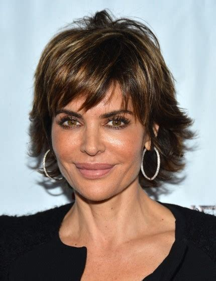 hairstyles for women with oblong face over 40 short layered hairstyles 2013 lisa rinna