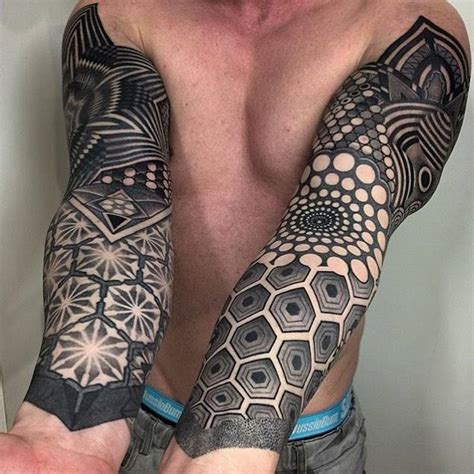 geometric sleeve tattoos blackwork geometric sleeve tattoos