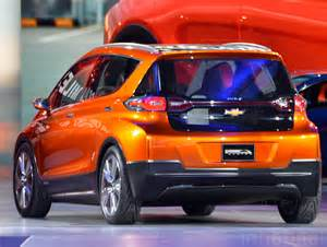 Electric Vehicles 30000 Chevrolet Unveils 30k Bolt Electric Car With A 200 Mile