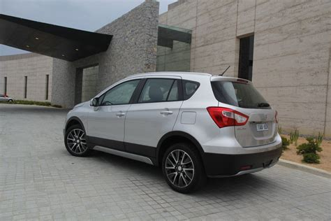 What Car Suzuki S Cross Loading Images