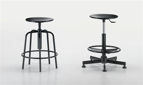 Sedute Per Bar by Contract Horeca Sedie Sgabelli E Tavoli Per La