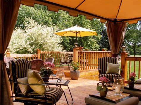 Patio Deck Design Ideas Our Favorite Outdoor Spaces From Hgtv Fans Outdoor Spaces Patio Ideas Decks Gardens Hgtv
