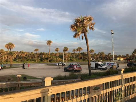 Investigator Find Investigators Find Crashed Plane In Marineland