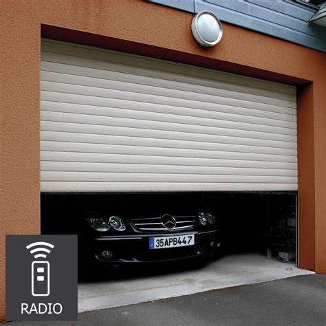 porte de garage a enroulement pas cher porte garage enroulable sur mesure garage avec