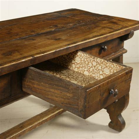 tavoli con cassetti tavolo fratino con cassetti tavoli antiquariato