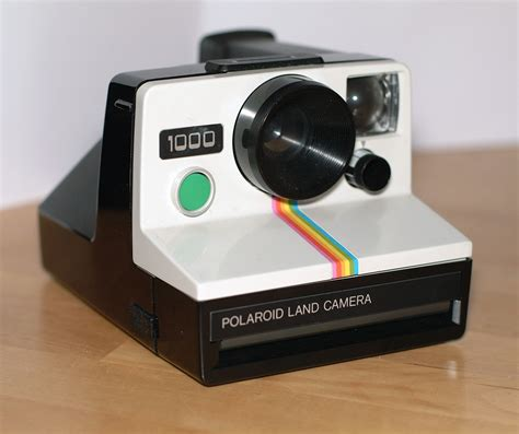 polaroid land 1000 why instagram s new design the social