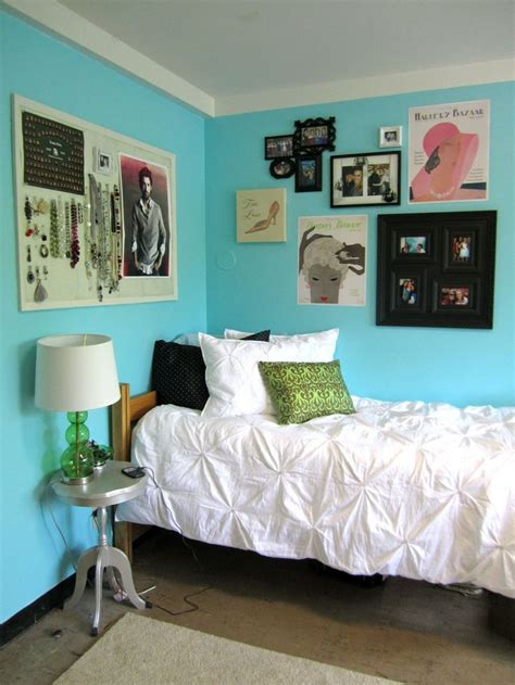 College Room Decor Allysa S Fashion Forward Augustana Dormsperation The Jewelry Center The Bedding Those Walls