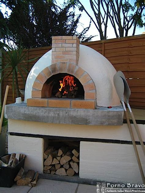 building pizza oven backyard 25 best ideas about pizza oven fireplace on pinterest