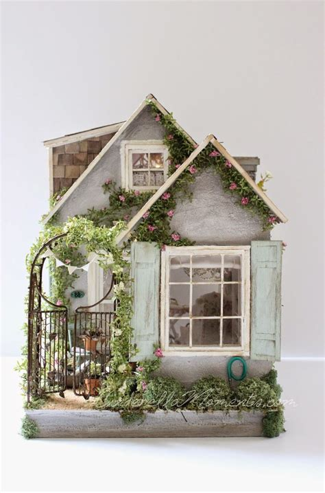 mini doll houses 25 best ideas about vintage dollhouse on pinterest