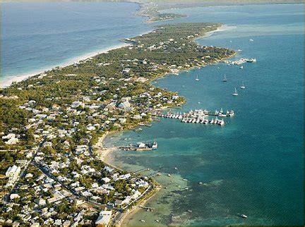valentines harbor island valentines resort marina harbour island bahamas