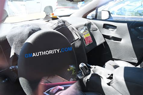 2020 Cadillac Xt5 Interior by 2020 Cadillac Xt5 Facelift To Feature New Shifter Rotary