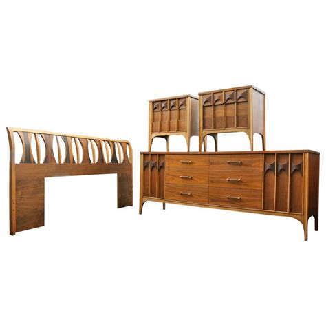 kent coffey bedroom furniture kent coffey bedroom set at 1stdibs
