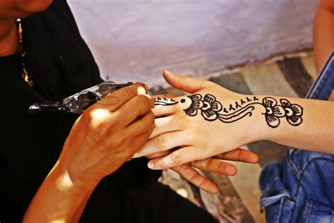 henna tattoos jena file tatuaje en hena jpg wikimedia commons