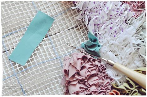 boucherouite rug diy 25 best ideas about tapis boucherouite on boucherouite kilims and tapis marocains