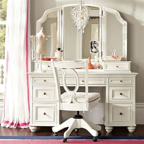 bedroom makeup vanities best 25 mirrored vanity ideas on pinterest