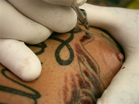 Nipple Tattoo Darkening | aureola fotos tattoos