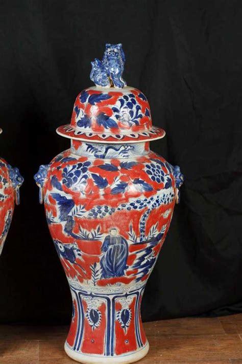 pair ft japanese imari porcelain vases urns ginger jars