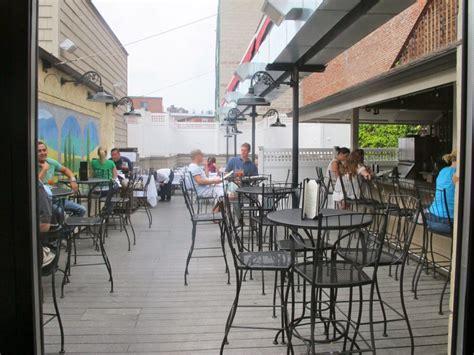 top bars boston celtic pride boston s 17 most wicked rooftop bars