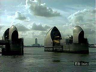 thames barrier failure flood control britannica com