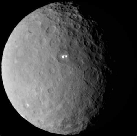 Ceres Lights by Nasa Spacecraft Nearing Planet Ceres Al Jazeera