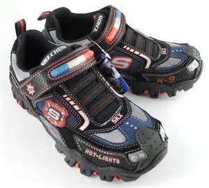 light up shoes size 13 older boys skechers lights police flashing lights