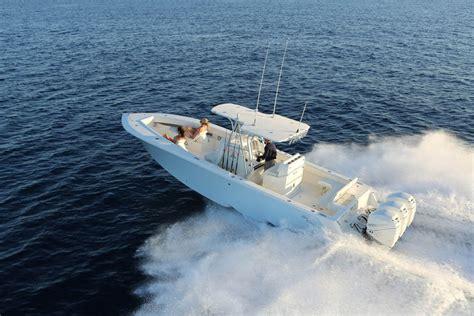 world cat boats video 2017 world cat 320 cc tavernier florida boats