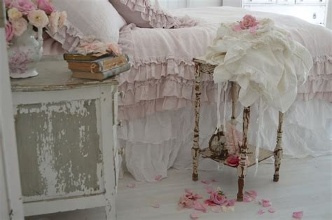 shabby chic guest bedroom 373 best shabby chic bedroom ideas images on pinterest