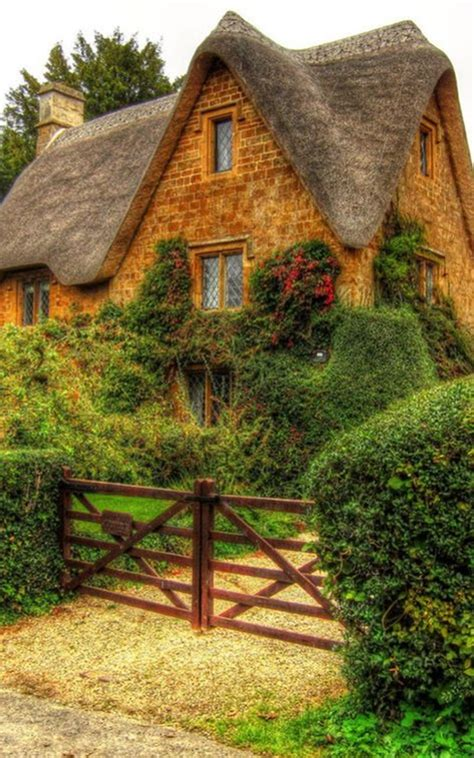 40 Beautiful Thatch Roof Cottage House Designs Beautiful Cottage House Plans