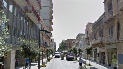 ufficio postale via marsala roma iniziano i saldi via roma chiusa al traffico veicolare