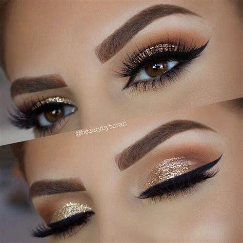 Eyeshadow Golden glitter makeup
